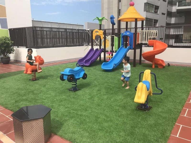 Sân vườn vui chơi dành cho trẻ em trên mái tại Mỹ Đình Plaza 2